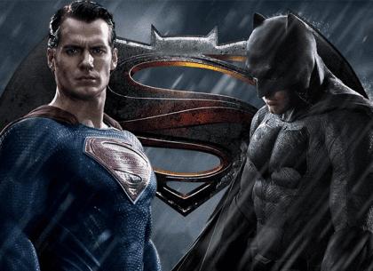 Đầu tư chứng khoán theo phong cách Batman và Superman