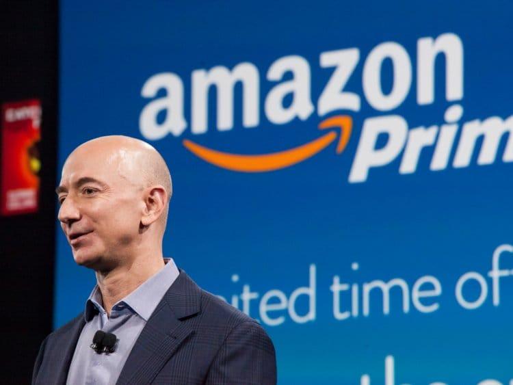 Giàu nhất thế giới, Jeff Bezos vẫn rửa bát sau mỗi bữa tối
