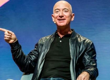 Jeff Bezos ngủ 8 tiếng 1 ngày để không quyết định sai