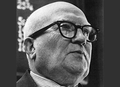 Gerald M Loeb