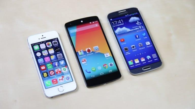 Nexus sản phẩm cạnh tranh với Samsung và Apple