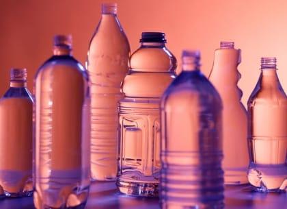 Cuộc chiến rác thải nhựa: cơ hội quảng bá thương hiệu cho doanh nghiệp xanh