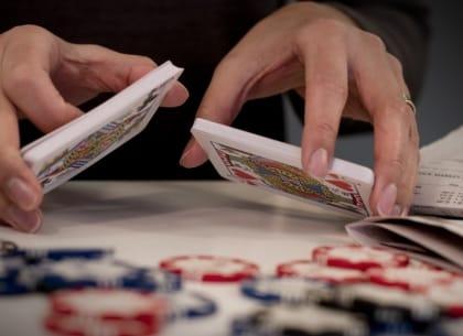 """Chứng khoán đâu phải cờ bạc, lô tô hay vé số đâu mà """"chơi"""""""