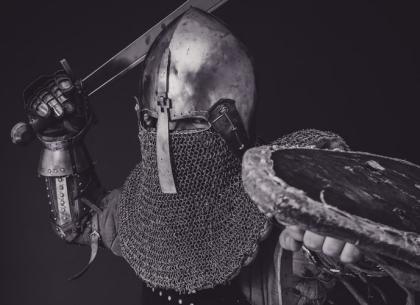 Bài học cuộc sống: Khi cuộc đời đẩy bạn ngã, hãy chiến đấu mạnh mẽ hơn!