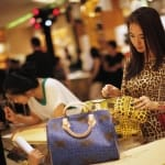 lối tiêu xài giới trẻ Trung Quốc