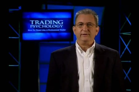 Mark Doughlas, tác giả cuốn sách The Disciplined Trader
