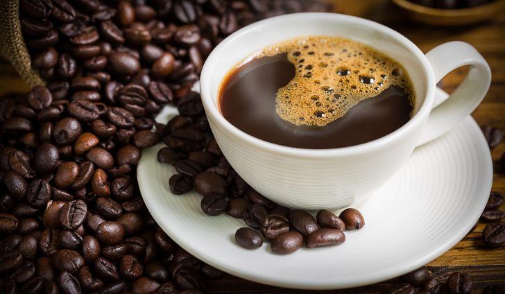 tránh lạm dụng cà phê