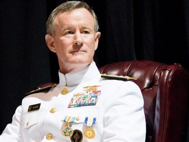 """Đô đốc William H. McRaven và 10 bài học giúp bạn thay đổi thế giới của (Phần 2) – Đừng sợ hãi những """"rạp xiếc"""""""