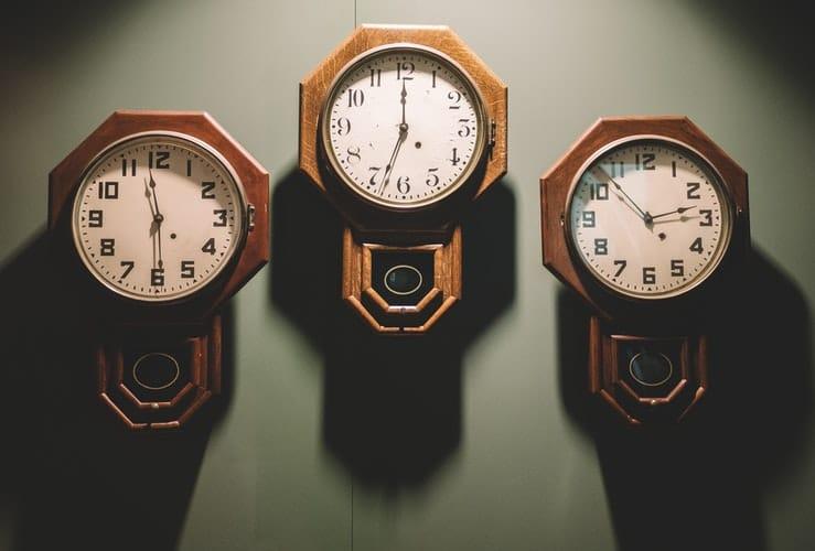 """98fd5c9945b Đừng chạy theo """"đồng hồ"""" của người khác"""
