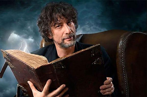 Neil Gaiman là một tiểu thuyết gia, nhà văn viết truyện ngắn, tác gia truyện tranh, nhà biên kịch người Anh.
