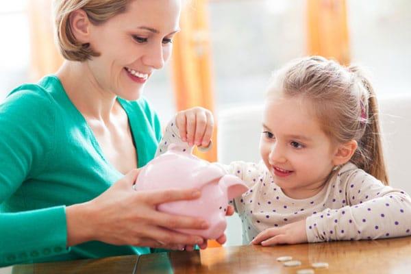 Giúp con học cách tiết kiệm