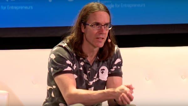 Joe Kraus là đồng sáng lập Excite, JotSpot, và DigitalConsumer.org. Hiện Kraus là thành viên đầu tư của Google Ventures team