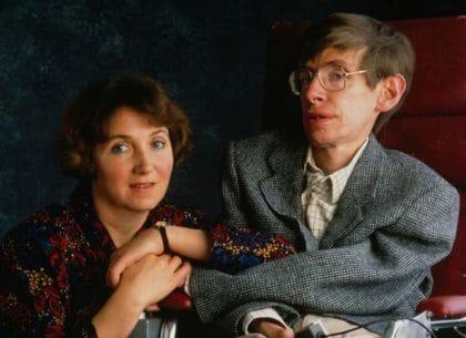 Một trong những hình ảnh đẹp giữa Stephen Hawking và vợ Jane Wilde.