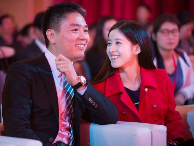 2 vợ chồng của tỉ phú Richard Liu đang là thần tượng của rất nhiều người Trung Quốc