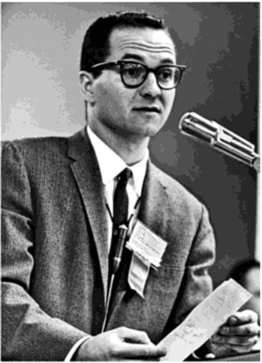 Edward Thorp làm chủ tọa phiên họp tại cuộc họp toán học vào năm 1964