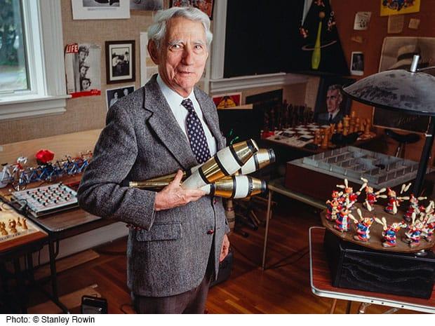 Cha đẻ của lý thuyết thông tin, Claude Shannon