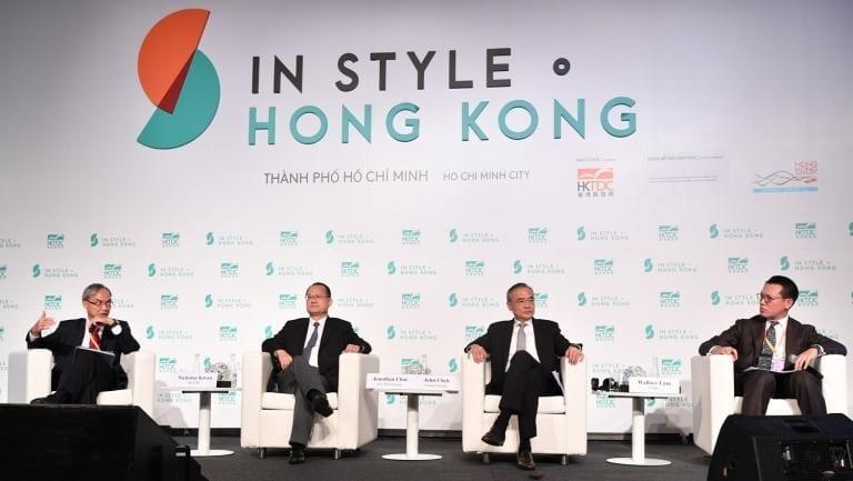 Ông Nicholas Kwan (bìa trái) cùng các đại diện Hồng Kông tại In Style Hong Kong 2018