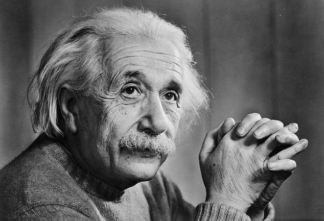 Albert Einstein đánh giá rất cao lãi kép. Nguồn: CNN