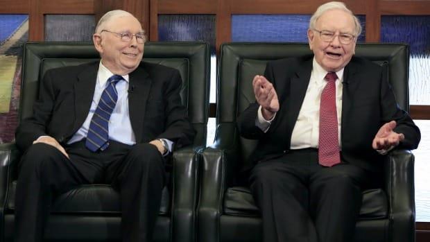 Charlie Munger và Warren Buffett
