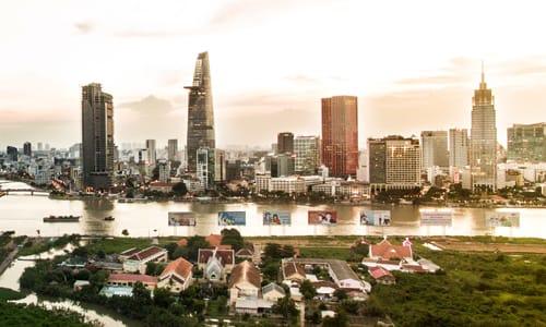 Thị trường bất động sản chịu áp lực tăng giá trong vòng 8-12 tháng tới.
