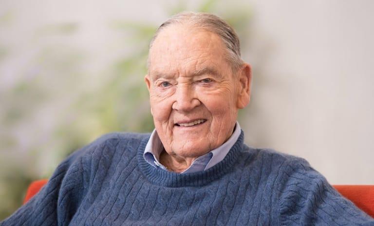 Nhà sáng lập Tập đoàn đầu tư Vanguard Group, John C. Bogle.