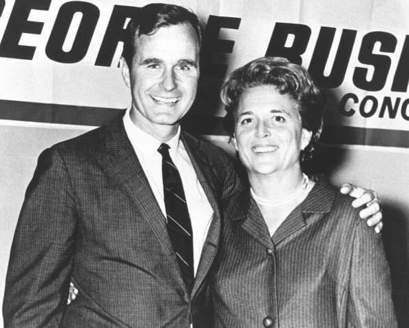 Bush cha và vợ