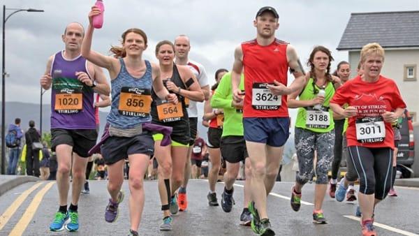 Đăng ký thi chạy marathon