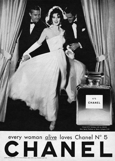 Quảng cáo Chanel No. 5 với nữ diễn viên Suzy Parker. Nguồn: Image Consulting School