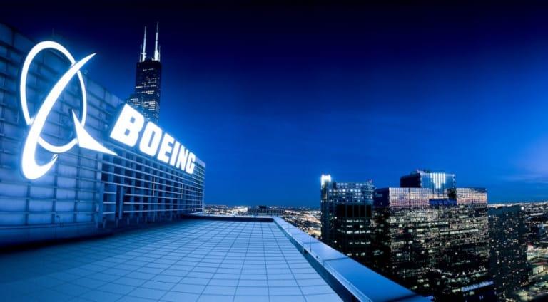 """sau nhiều lần liên lạc, Boeing đã cho ông những """"đầu mối"""" cho kế hoạch kinh doanh của mình"""