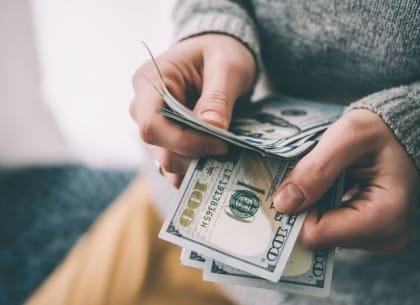 dành một ngày cho tiền bạc