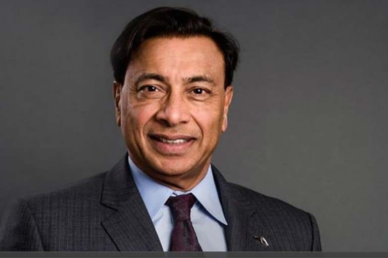 """Lakshmi Mittal: đại gia vật tư """"hiếm hoi"""" lọt top người giàu nhất thế giới"""