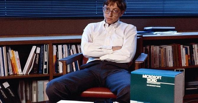 Nghiện việc như Bill Gates: Nhớ cả biển số xe của từng nhân viên để theo dõi ai chăm chỉ