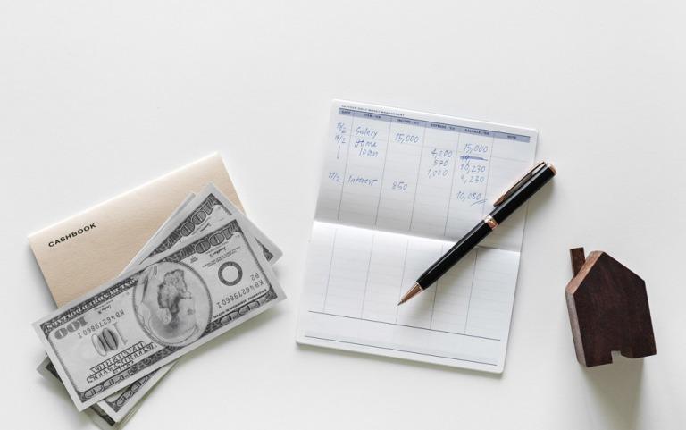 Bạn nên xác định các mục tiêu tài chính cụ thể và sắp xếp theo mức độ quan trọng