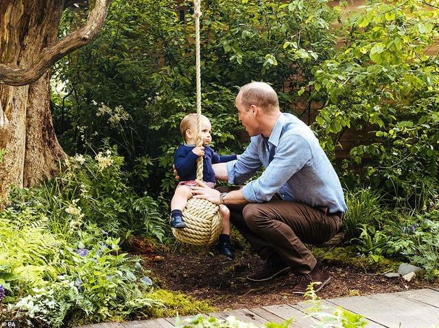 Phương pháp nuôi dạy con 4 KHÔNG của cha mẹ tỷ phú Bill Gates: Điều cuối cùng hầu như cha mẹ nào cũng bỏ qua!