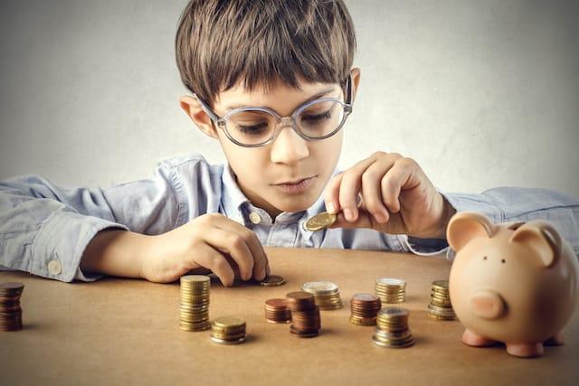 dạy con tiêu tiền