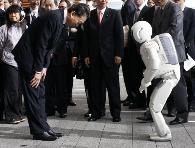 Nhật Bản phải mất gần 40 năm mới tạo dựng cho Made In Japan một thương hiệu đồng nghĩa với chất lượng sản phẩm và sáng tạo.