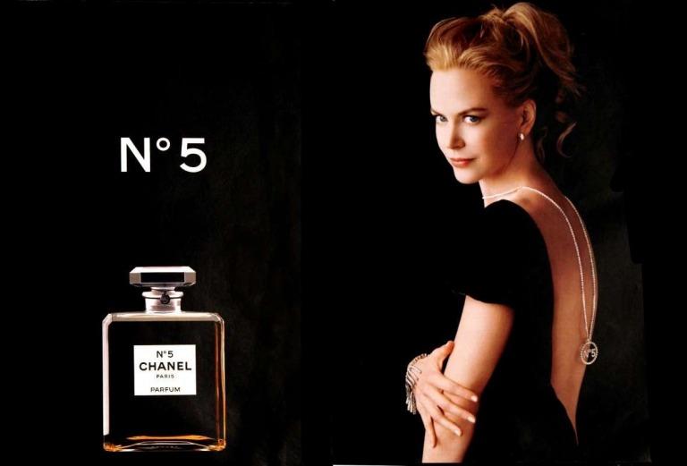 Nữ diễn viên Nicole Kidman trong quảng cáo cho Chanel No 5