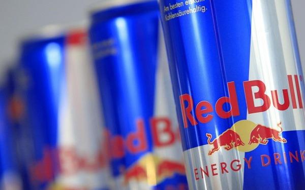 """Made in Asia: Redbull và con đường chinh phục thế giới của hãng đồ uống với tên gọi quen thuộc """"bò húc"""""""