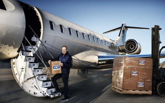"""""""Tỷ phú tái chế"""" nước Úc Anthony Pratt từ thiện khối tài sản khổng lồ: """"Bởi vì tấm vải che tử thi không có túi"""""""