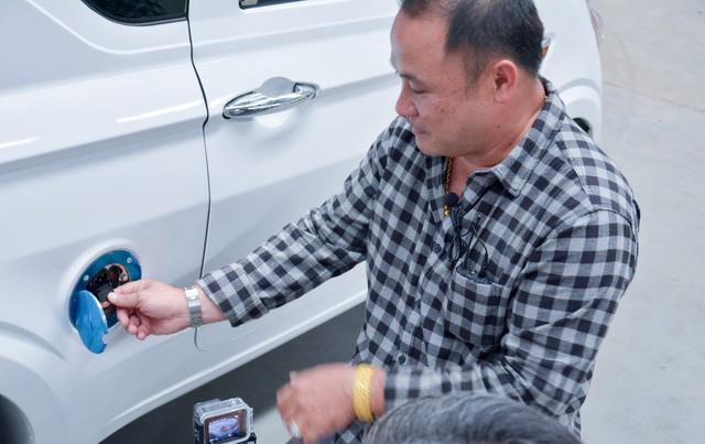 Cộng đồng mạng 'phát sốt' với chiếc ô tô điện 'xịn xò' chở được 2-3 người: Vừa không phải hít bụi mịn vừa thân thiện với môi trường lại có giá chỉ 75 triệu đồng bằng một chiếc xe máy!