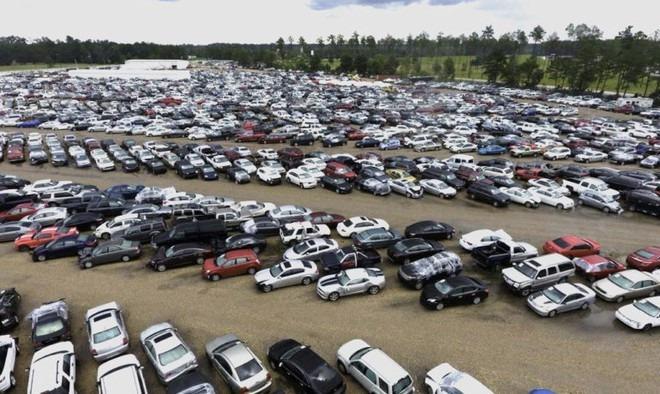 Kiếm gần 2 tỷ USD nhờ bán siêu xe phế liệu