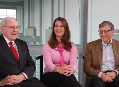 20 năm trước, Warren Buffett không tiếc đầu tư cả tỷ USD cho vợ chồng Bill Gates nhưng lời khuyên này mới là thứ khiến họ thức tỉnh và trân trọng suốt đời