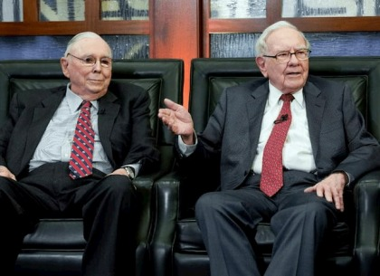 Cuộc trò chuyện của Warren Buffett và Charlie Munger: Họ đã bàn luận gì về đầu tư?