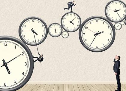 Kẻ tầm thường chỉ lo tìm cách giết thời gian, người có tài nghĩ đủ đường để tận dụng nó