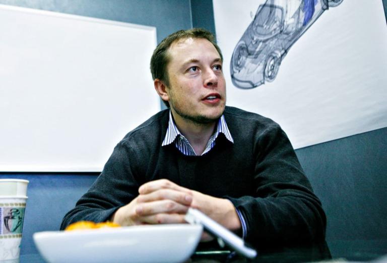 Tỷ phú Elon Musk: Từ đứa trẻ lập dị đến 'Iron Man' phiên bản đời thực