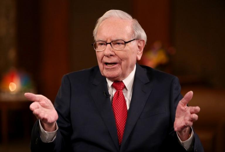 Warren Buffett: Kẻ tầm thường chỉ lo tìm cách giết thời gian, người có tài nghĩ đủ đường để tận dụng nó