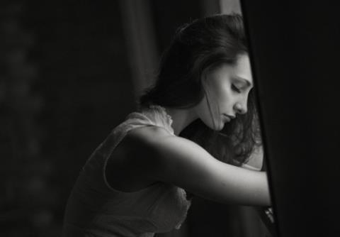 Lắng nghe chính mình, luôn tin tưởng bản thân, trân trọng hiện tại, chắc chắn cuộc sống sẽ trả ơn bạn xứng đáng