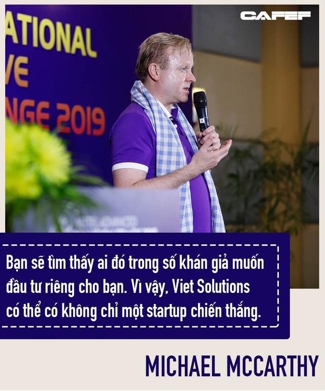 Người từng 10 năm là No.1 stock market timer ở Mỹ làm Huấn luyện viên Viet Solutions: Đừng mơ giấc mơ của người khác!