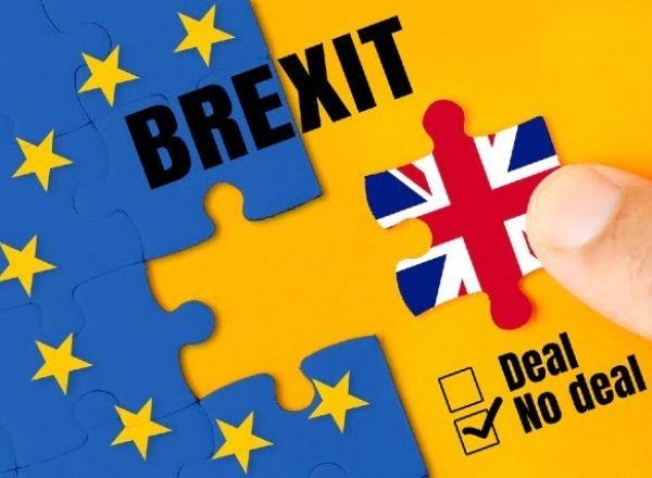 Brexit, kỳ vọng về gói kích thích của Mỹ yếu dần – Tiền tệ gặp rủi ro cao