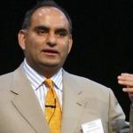 """DHANDHO: Papa Patel - """"ông hoàng"""" kinh doanh nhà nghỉ hàng tỷ đô"""